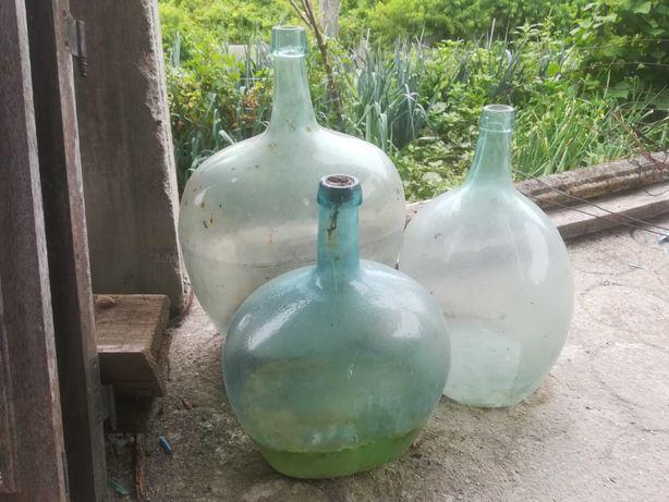 Garrafões de vidro antigos