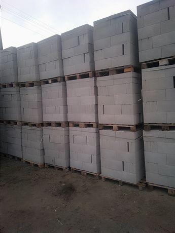 Блоки будівельні з гранітного відсіву ,паркани бетонні,бруківка.