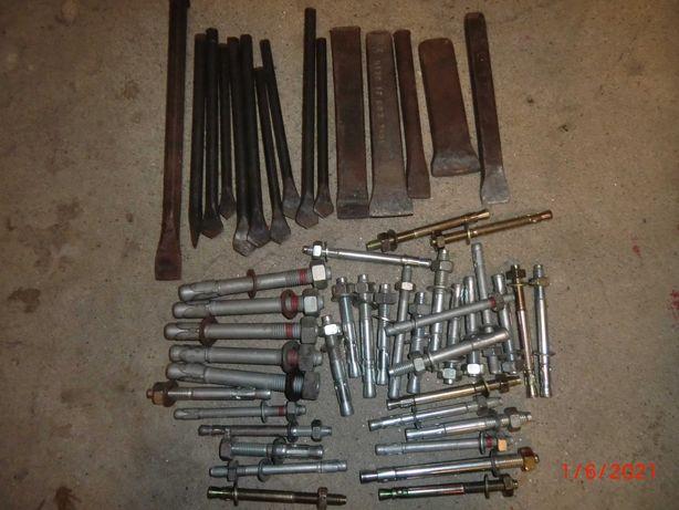 Conjunto de buchas metálicas + Talhadeiras + Ponteiros.
