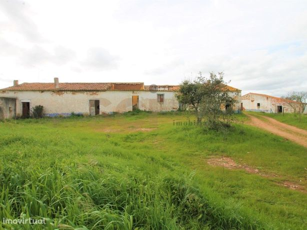 Herdade em Vila Nova de São Bento - Serpa com mais de 100...