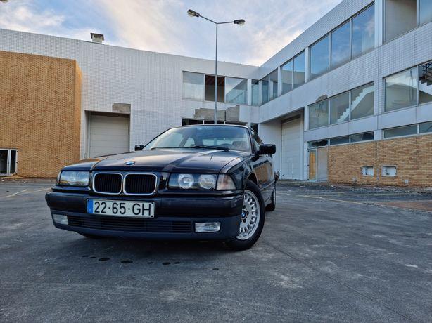 BMW 318is Coupé.
