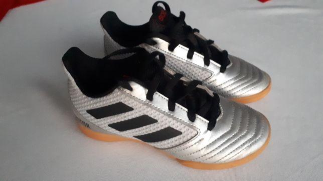 Adidas Predator Sala srebrne (roz. 29) Stan Idealny Halówki