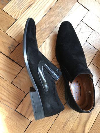 Туфлі чоловічі замшеві
