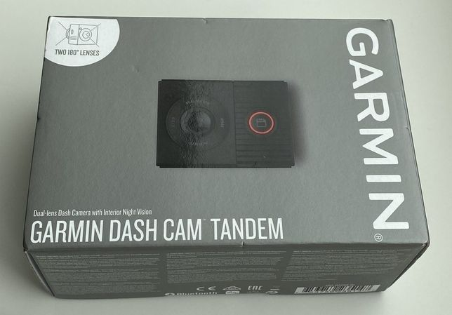 Видеорегистратор Garmin Dash Cam Tandem (два 180-градусных объектива)