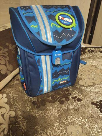 Рюкзак для школяра, портфель