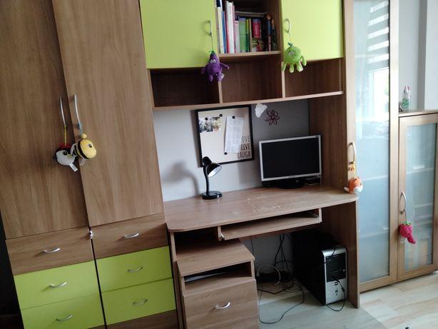 Zestaw mebli młodzieżowych biurko, szafki