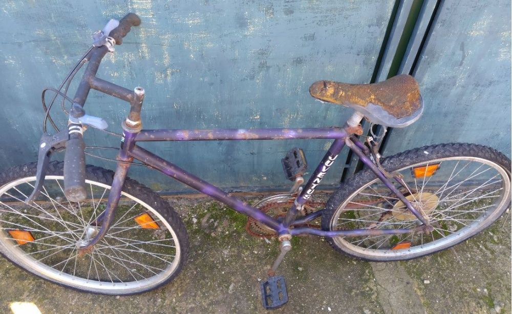 Bicicleta Juventus vintage para restauro