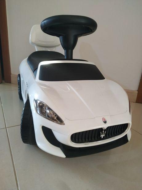 Jeździk samochód Maserati