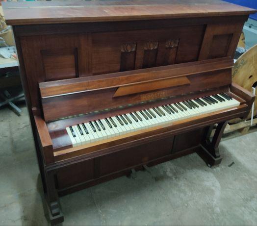 R.Goetze pianino