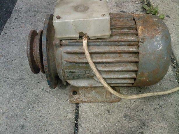 Silnik elektryczny 400V  1,5kW  1420 obr/min