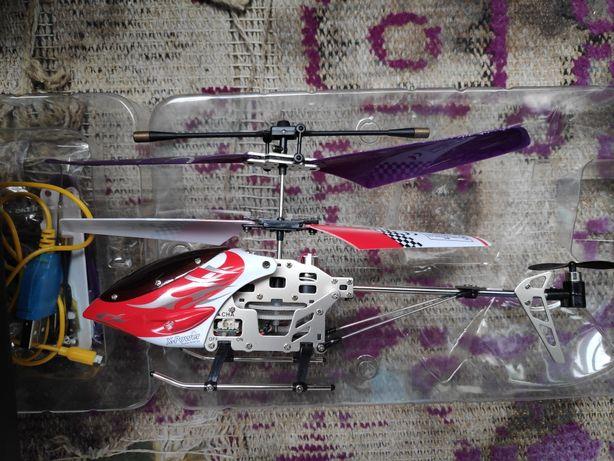 Продам 2 вертолета на пульте управления