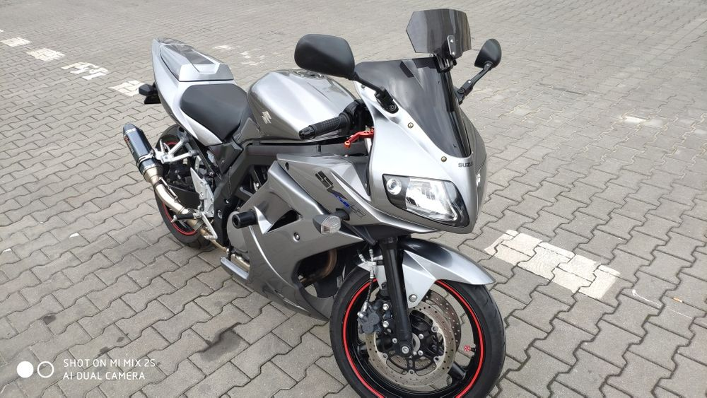 Motocykl Suzuki SV650S 2008 pełne owiewki wtrysk Warszawa - image 1
