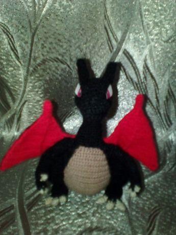 Черно красный дракошка