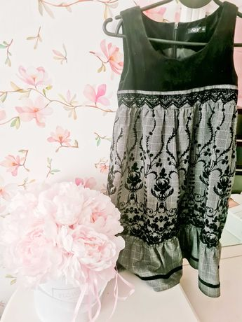 Sukienka cieplutka galowa, elegancka wzorzysta.