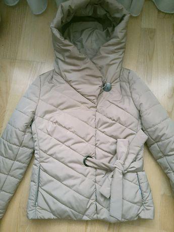 Курточка демисезонная весенняя размер ХS S  36 42