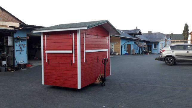 Kiosk handlowy drewaniany
