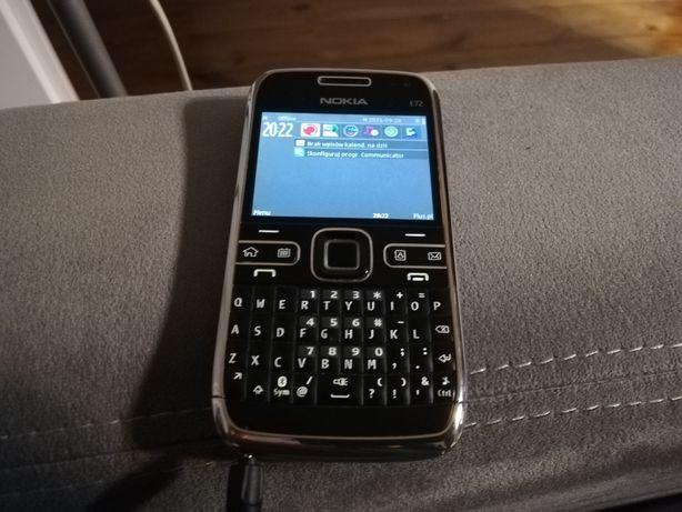 Telefon smartphone Nokia E72