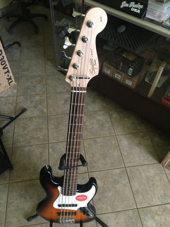 gitara basowa Squier by Fender Affinity Jazz Bass BSB5