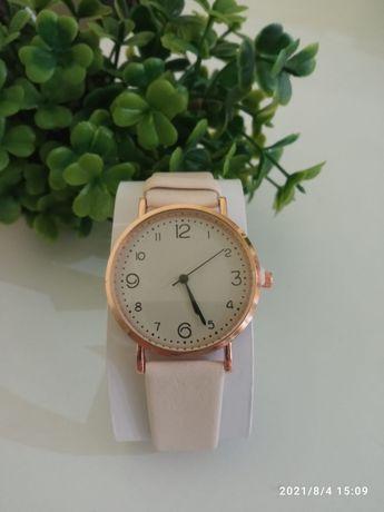 Relógios e bolsa 5€
