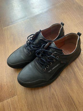 Продам туфли в школу б/у(новые) 40 размер