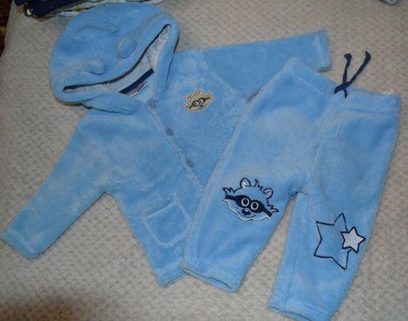 Продам детский кастюм 68 размер, мы носили дольше!