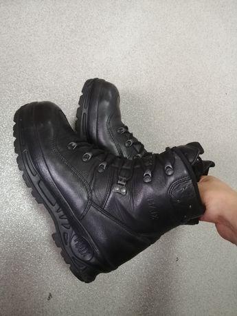 Ботинки HAIX.