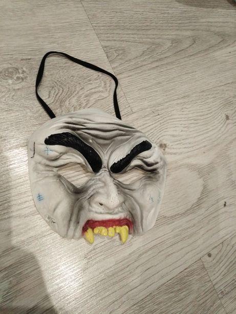 Maska halloween