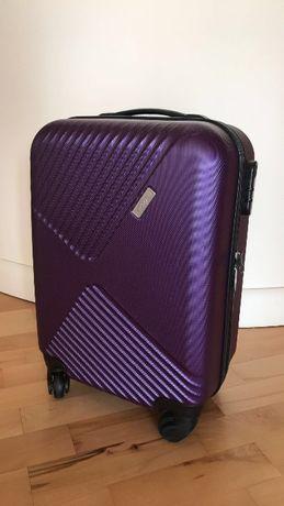 Fioletowa walizka - bagaż podręczny na pokład torba torebka j.nowa