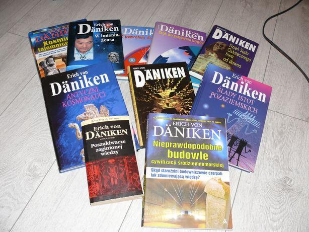 Erich Von Daniken - seria książek , różne tytuły