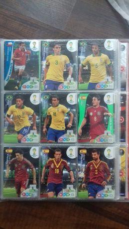 Karty piłkarskie Panini 135 szt.