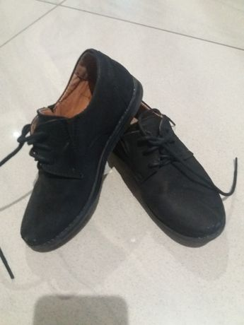 buty pantofle dla chłopca r.28