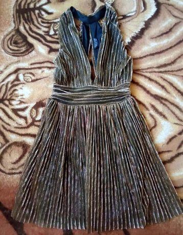 Святкове плаття для Дюймовочки
