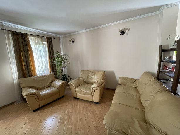 Итальянский кожаный диван и два кресла Italsofa