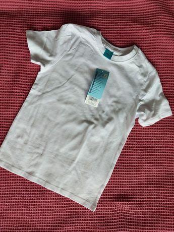 T-shirt biały 110/116