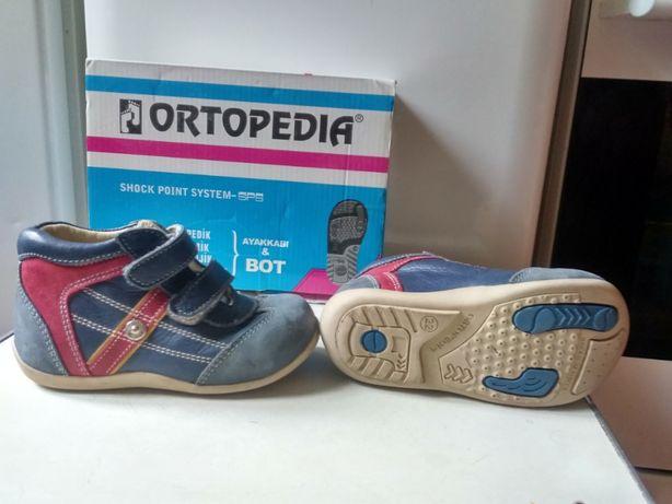 Продам ботинки Ортопедия 22 размер
