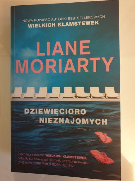 """JAK NOWA! L. Moriarty """"Dziewięcioro nieznajomych"""" NA PREZENT!"""