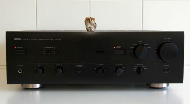 Yamaha AX 570 amplificador integrado 100 watts