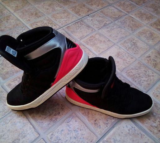 Ténis Adidas. Originais