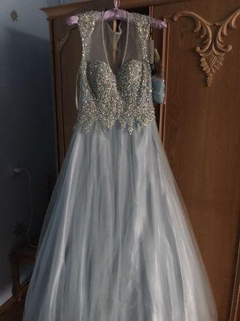 Вечірнє плаття(плаття на випускний)