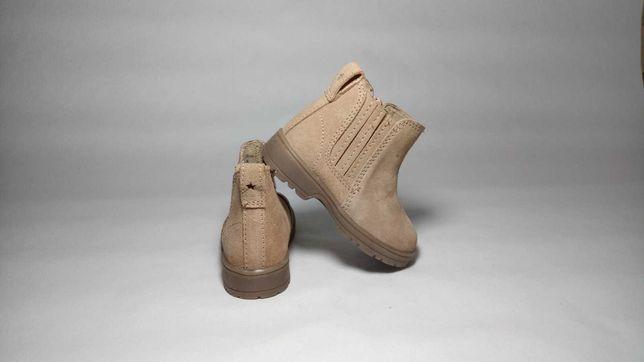 Ботиночки Zara 22 демисезонные для девочки clarks ecco