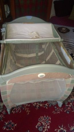 łóżeczko dziecinne firmy Graco - składane , turystczne