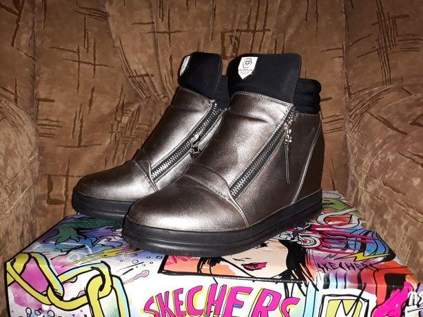 Сникерсы ботинки р.37 стелька 24 см