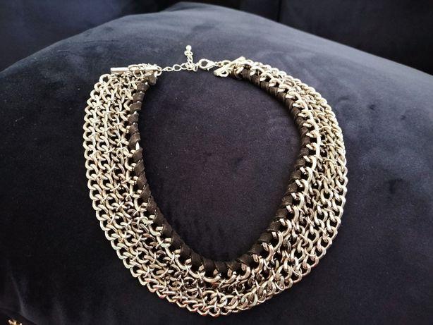 Naszyjnik z srebrnych łańcuszków