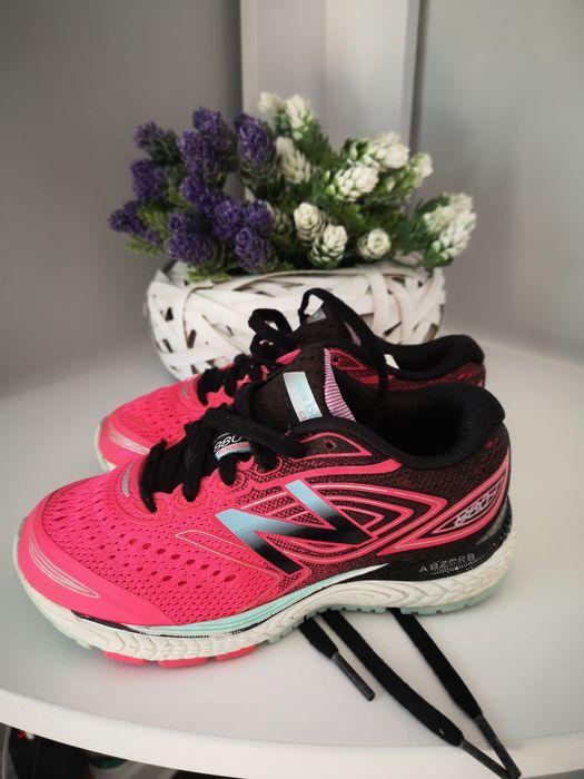 Продам кроссовки на девочку 28 размер Вишневое - изображение 1