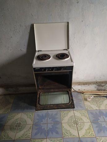 Продам электроплиту