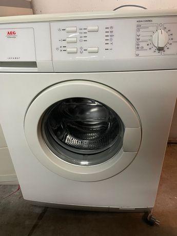 Maquina de lavar AEG