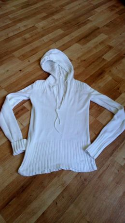 Sweter sweterek biały z kapturem roz 38