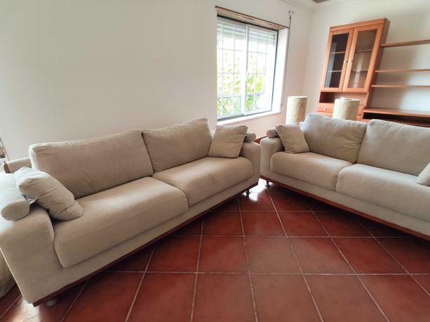 Conjunto de 2 sofás