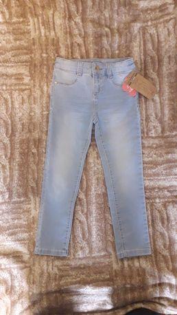 Нові дитячі джинси lc waikiki 5-6р (новые детские джинсы)