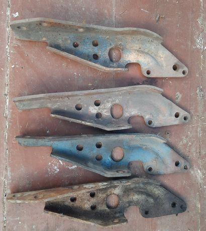 Кронштейн крепления выхлопной системы Т40, Д 144, Д 37